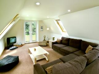 Upside down lodge surrounded by countryside, Shanklin