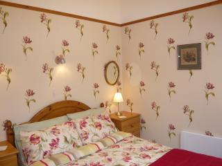 Loveston Barn bedroom