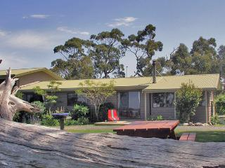 Sabrelyn Park Farmstyle Self Contained Holiday House