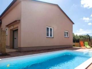 Holiday house with Pool, Marcana