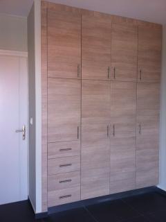 Wardrobe room 1