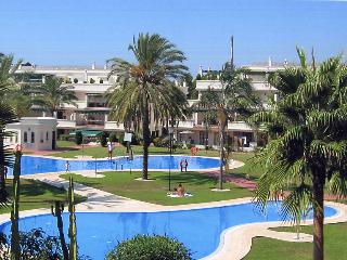 Apartment in Puerto Banus with Golf nearby