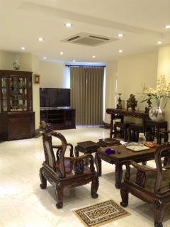 Apartment with Asian design