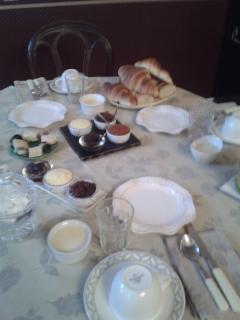 salle à manger petit déjeuner tout maison