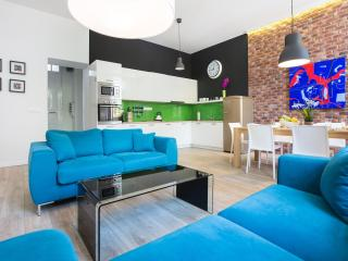 Deluxe Art Apartment Parking & SPA, Zagreb