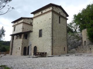 Il Castello di Testaccio, Spoleto