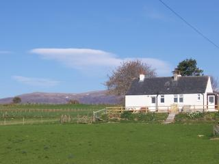 Cottage with Ben Wyvis in background