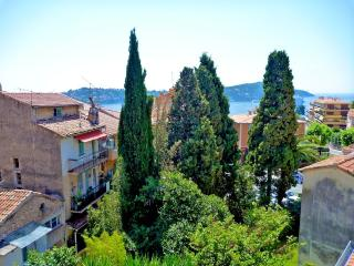 Sea view apartment in Villefranche Old Town