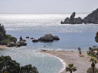 Taormina mare - giardini naxos, Giardini Naxos