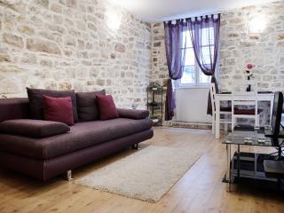 Apartment Peristil Cardo
