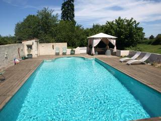 La Maison Bleue, La Caillère-Saint-Hilaire