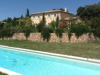 Beautiful 5 Bedroom Villa Rental with a Pool, Aix en Provence
