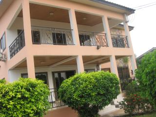 GHouse: Ideal for friends/family n corporate let, Legon