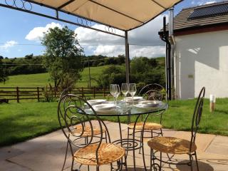 Cottage, near Mold, North Wales sleeps 4/5