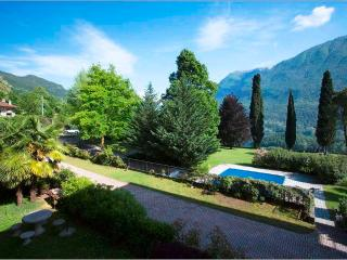Villa Isella -Terrazzo, Carlazzo