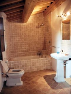 Master/Family Bedroom ensuite bathroom