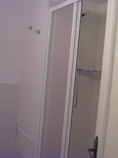 secondo bagno: box doccia