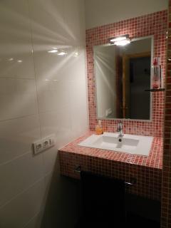 baño completo, nivel inferior