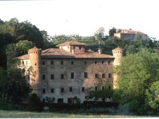 Castello di Galbino sideview