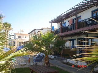 2287-Polis Apartment, Pomos