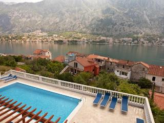 Kotor View - with Spectacular Views (Apartment B4)