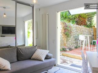 Bright 1 bedroom apartment with private garden in Villefranche-sur-Mer