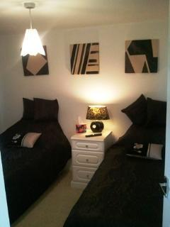 Twin or kingsize bedroom with TV
