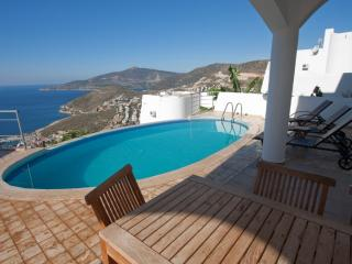 3 bedrooms luxury villa with stunning sea views, Kalkan