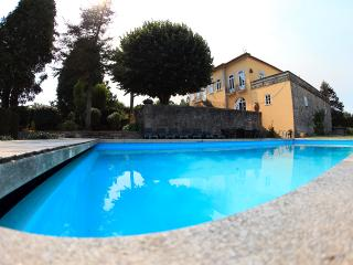 Vacations country house with swiming pool next to Viana do Castelo