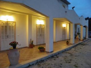 Le case bianche di 'Mandralì'