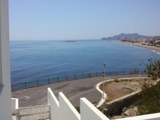 Estudio 1a. Línea de Playa, piscina, aire acondic.
