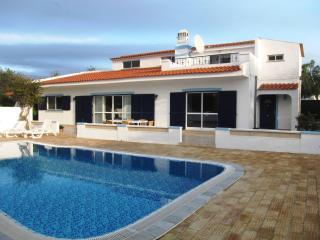 Casa Alegre, Santo Estevao