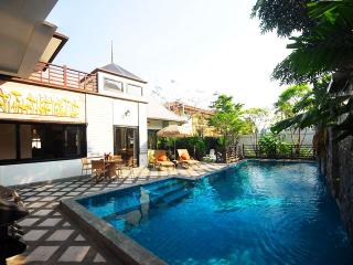 3 Bedroom Pool Villa with Fitness Room and Billiard Table