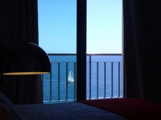 Sea Front apartment Princesa D. Amelia, n010, 3S