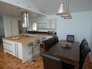 Indoor dining - open plan kitchen