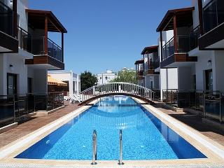 258- Small complex with 2 Bedroomed Aparts, Turgutreis