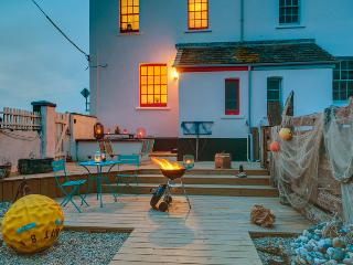 Enjoy a seaside bbq in the coast inspired garden