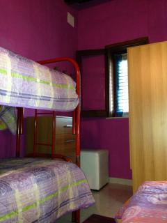Camera con letto a castello + letto singolo