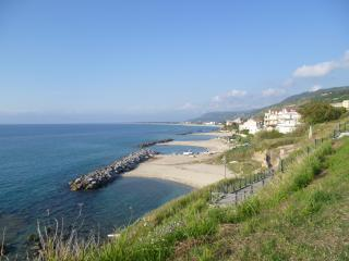 Pizzo Beach apartment, CASA NEIDIN (174G)
