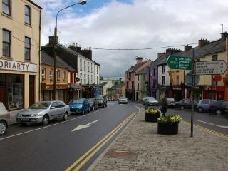 Lynch Heights Holiday Cottage- Ring of Kerry's wild Atlantic Route