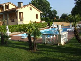Villa in tuscany with swimming pool, Altopascio