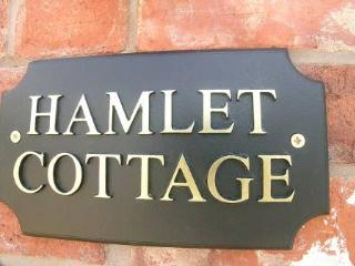 Hamlet Cottage Stratford upon Avon Sleeps 4, Stratford-upon-Avon