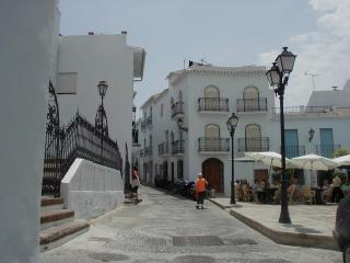 Bajo B - La Huerta Apartments