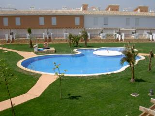 Beautiful 2 bed Town House with pool and gardens in quiet area close to beach, Alcossebre