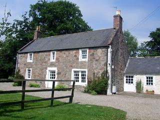 Capo Cottages - Capo Farmhouse, Laurencekirk