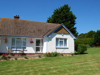 Lane Head - Holiday Bungalow in Croyde - North Devon