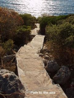 Steps down to the bathing platform