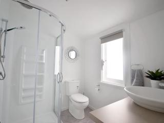 main bathroom upstairs