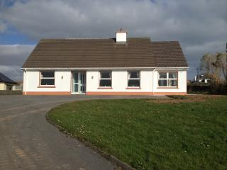 Dingle Holiday Rental - Racecourse House
