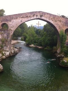 Puente Romano Cangas de Onís. Entrada a Cangas de Onís.